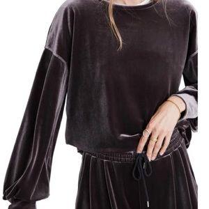 Madewell velour long sleeve with balloon sleeves